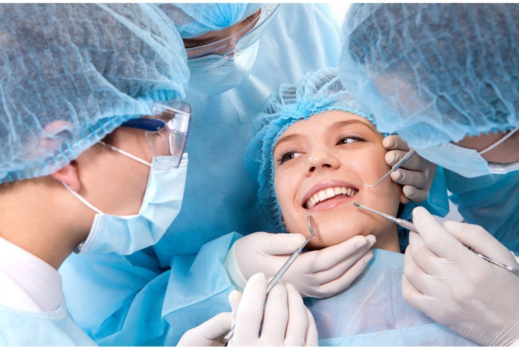 Clinique dentaire : Quelles sont les chirurgies dentaires proposées ?